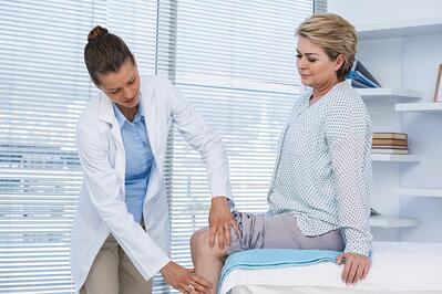 knee pain orthopedist